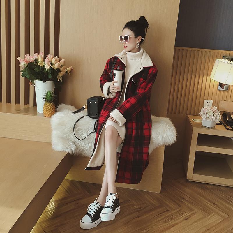 2017冬装新款女装韩版长款格子呢子大衣仿羊羔绒翻领宽松毛呢外套