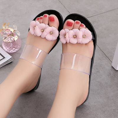 山茶花塑料凉鞋