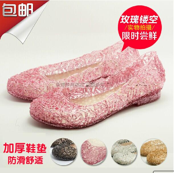 玫瑰镂空花型洞洞鞋平跟底凉鞋女式沙滩鞋水晶鞋