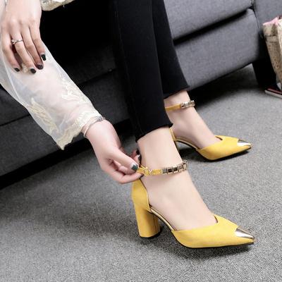2017夏季新款韩版包头凉鞋粗跟中空单鞋一字扣串珠女士百搭高跟鞋