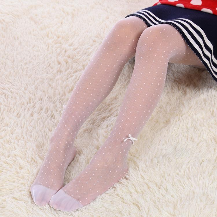 沙滩[小女孩白丝]小女孩穿白丝连裤袜v沙滩初一snh48正品图性感图片