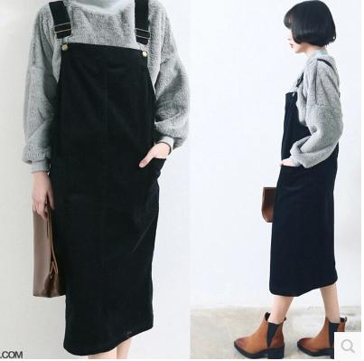 春季新款韩版百搭灯芯绒黑色大码宽松显瘦修身长裙背带裙连衣裙女