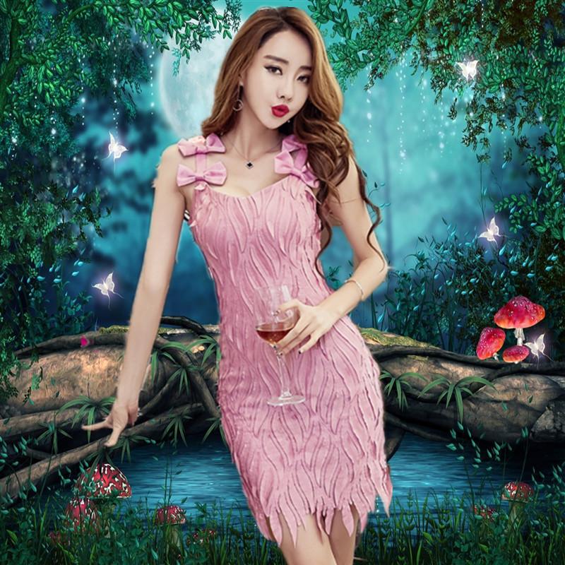 粉色伴娘装短款2017新款女装时尚修身吊带包臀连衣裙主持聚会礼服