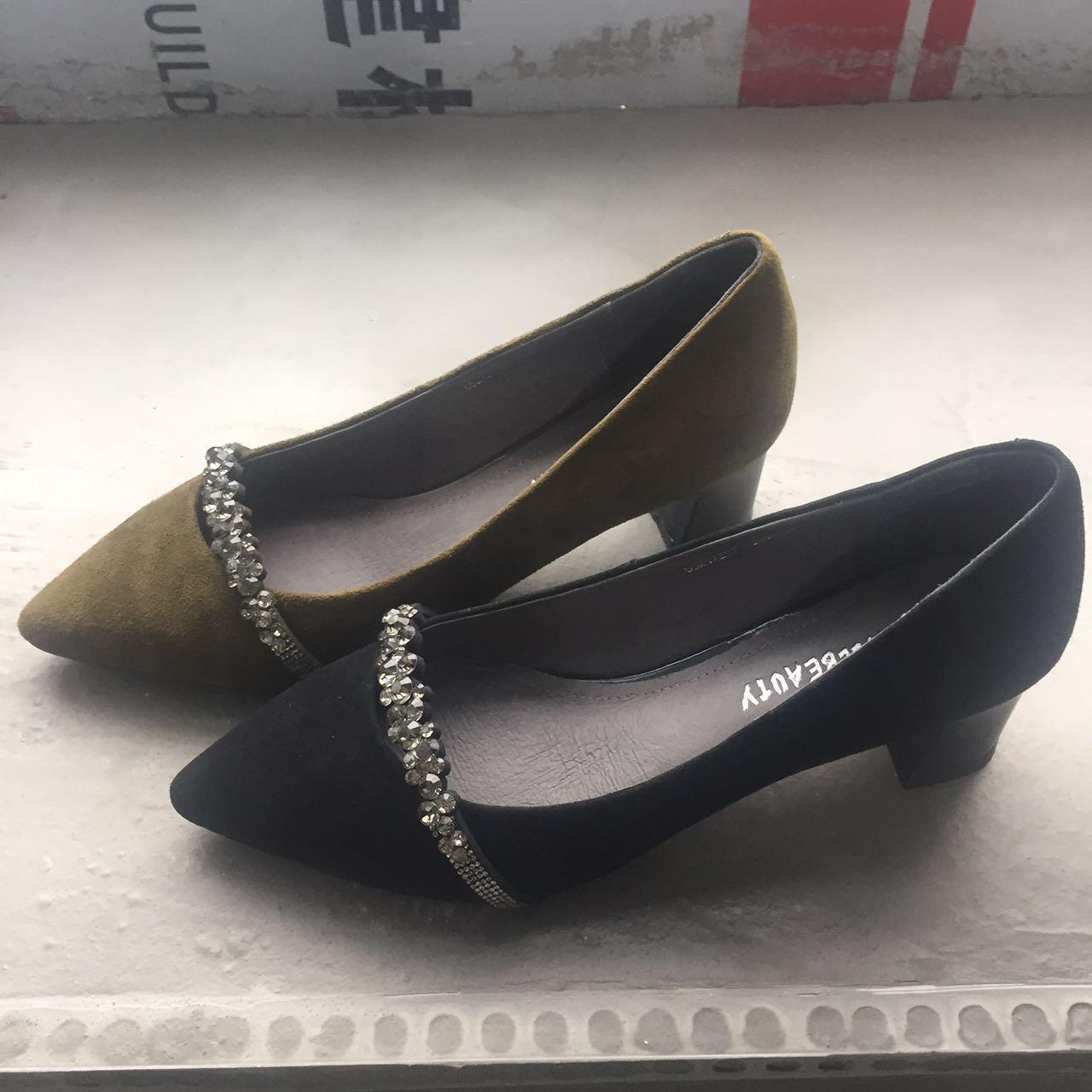 包头 新款/漫步佳人2017真皮高跟凉鞋女新款钻石浅口单鞋包头粗跟鞋女