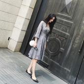 春秋季女装韩版修身显瘦打底高腰喇叭袖性感镂空蕾丝V领连衣裙女
