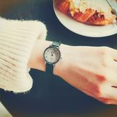 韩国小巧迷你女生闺蜜皮革表带森系复古经典小表盘小清新文艺手表