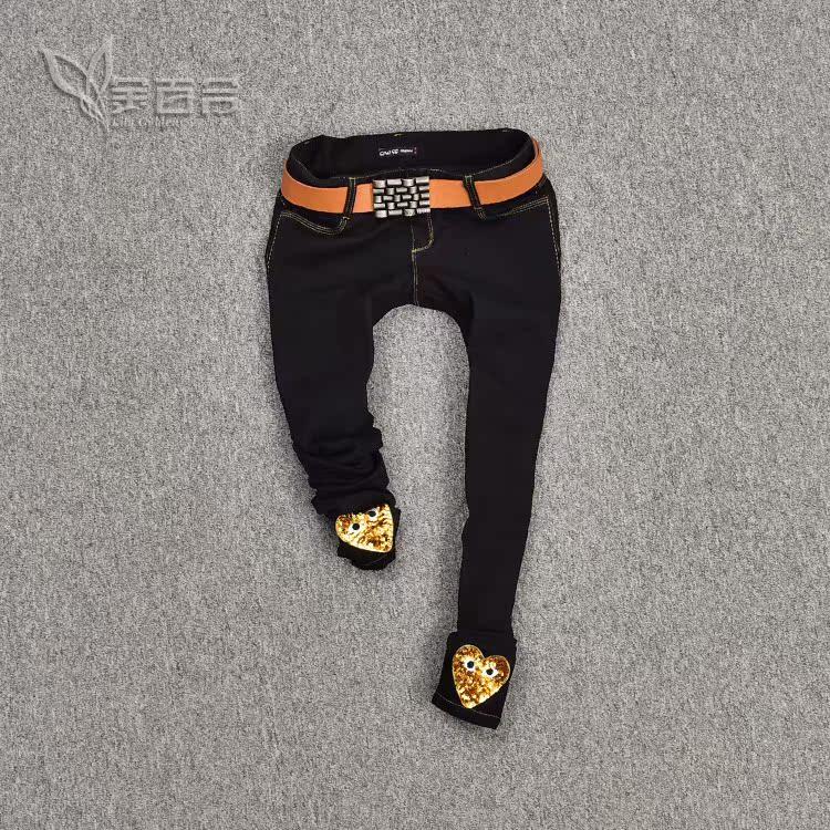 瘦腿时尚的黑色铅笔裤集合