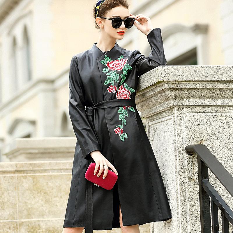 欧洲站秋季新款高档女装绣花腰带修身中长款绵羊皮真皮皮衣女外套
