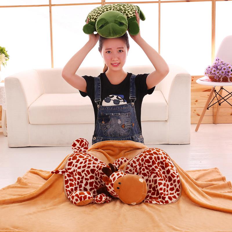 绒毯两用毛绒玩具靠枕珊瑚卡通午睡空调三合一靠垫
