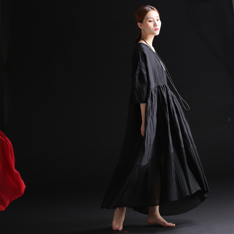 梦见自己穿黑色长袍