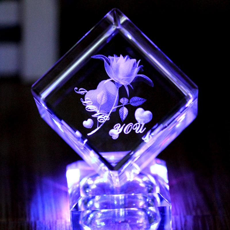 水晶玫瑰内雕发光创意家居摆件情人节礼物男送女朋友老婆结婚礼品