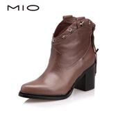 千百度高端女鞋 MIO米奥秋冬款尖头粗高跟女短靴M145606257