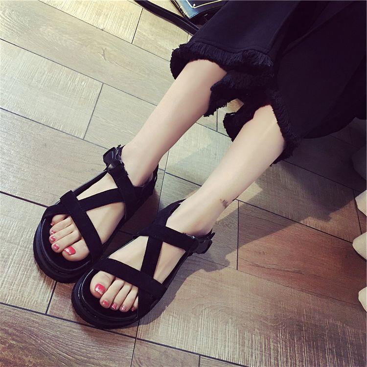 2017夏季新款平跟平底外穿防滑时尚韩版女鞋学院风百搭学生凉鞋潮