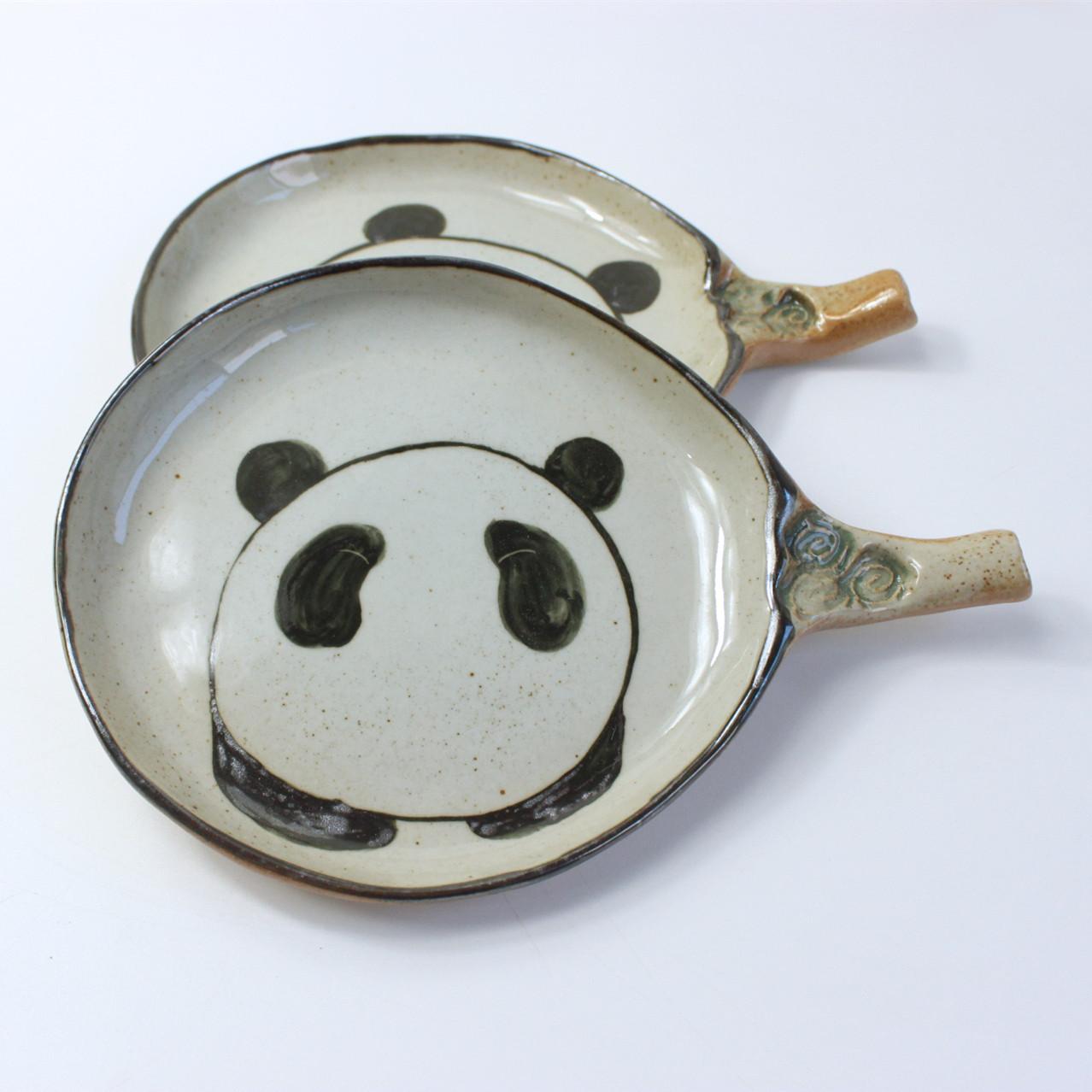 手绘熊猫卡通陶瓷盘子