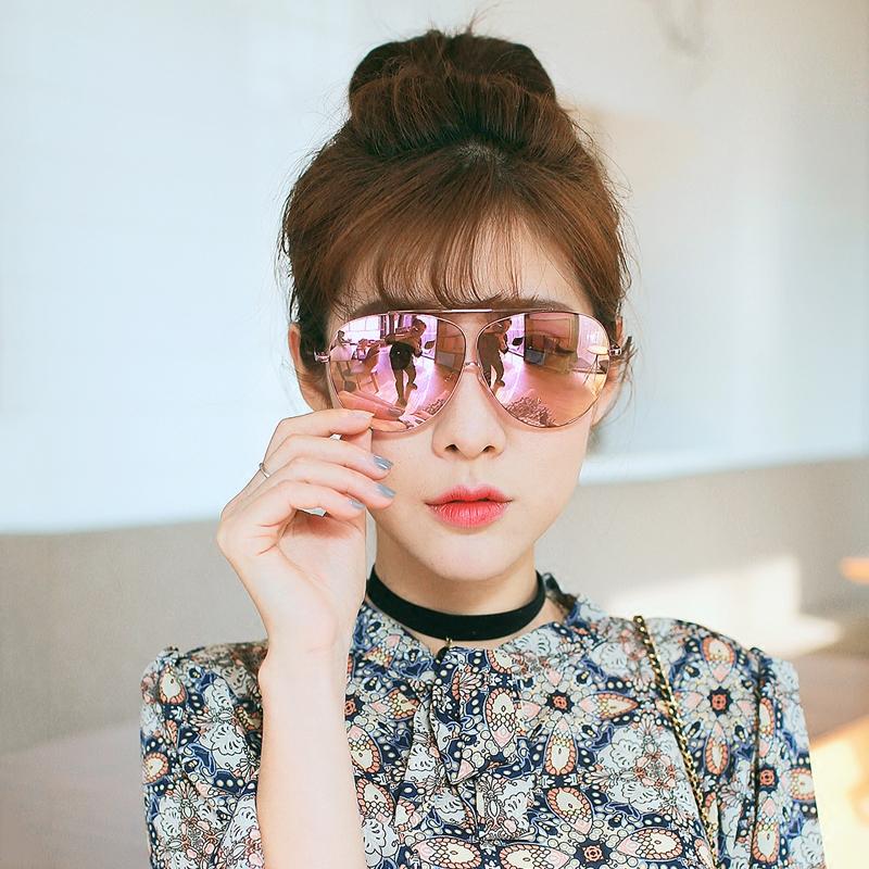 女生[圆墨镜]qq正品头像戴圆墨镜v女生带圆墨镜蜜影头像闺女生双图片