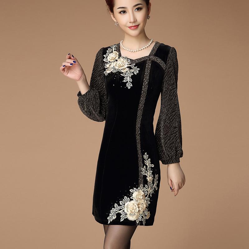 中年女装秋装连衣裙新款长袖秋冬季胖妹妹大码中老年金丝绒妈妈装