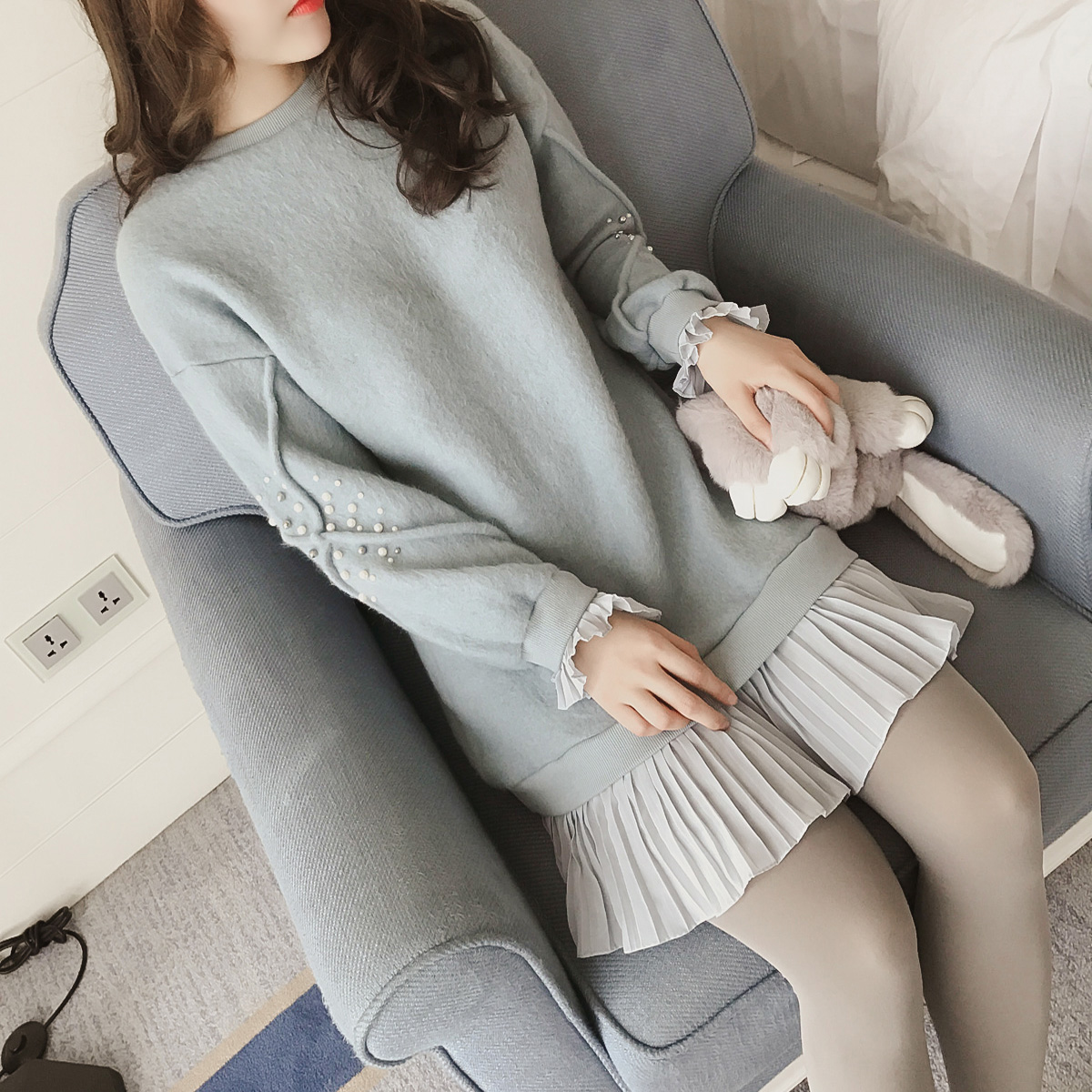 2016冬季新款韩版百褶荷叶边假两件毛呢连衣裙女长袖钉珠打底短裙