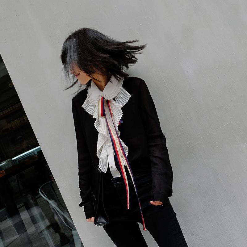 蝴蝶结黑色修身系带长袖衬衫