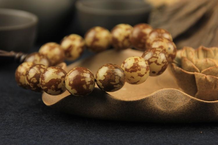 莲花菩提子饰品 夏季男女款念珠佛珠手串 天然正宗打磨菩提根手链