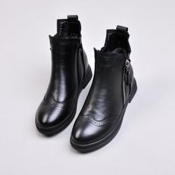 新款马丁靴英伦风女靴子大码真皮短靴短筒平底低跟秋冬裸靴布洛克