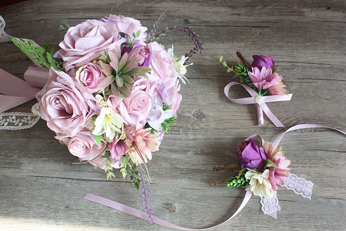 新娘手捧花_高端浅紫色森系混搭仿真花手捧花胸花手腕花新娘结婚纱照景拍道具